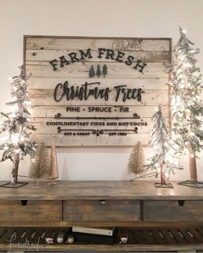 Modern Farmhouse Christmas Tree Ideas42