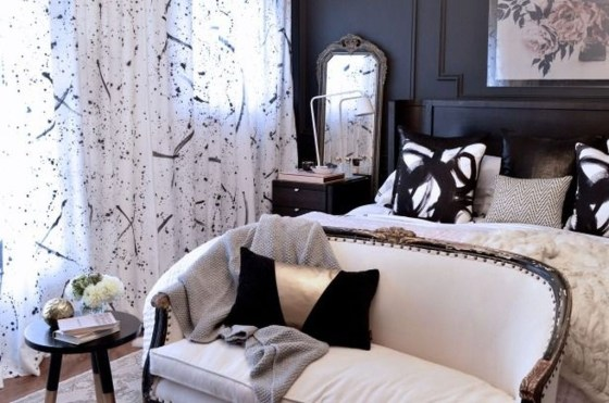 Stunning White Black Bedroom Decoration Ideas For Romantic Couples15
