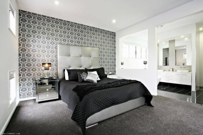 Stunning White Black Bedroom Decoration Ideas For Romantic Couples20