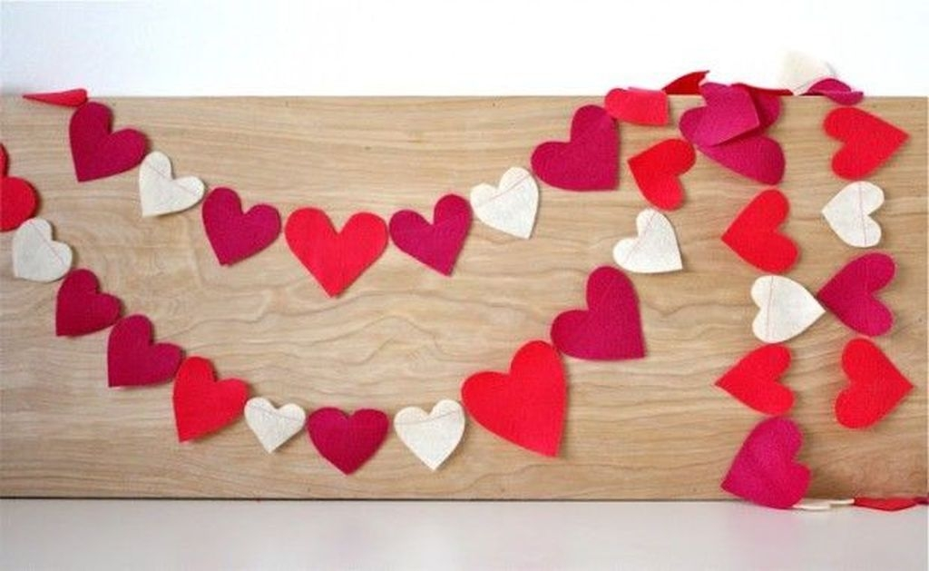 Amazing Apartment Decoration Ideas For Valentines Day21