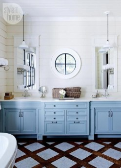 Cozy Coastal Style Nautical Bathroom Designs Ideas28