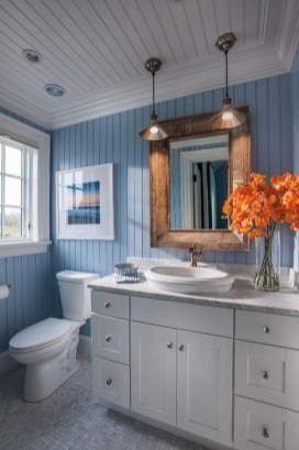 Cozy Coastal Style Nautical Bathroom Designs Ideas38