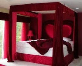 Cute Valentine Bedroom Decor Ideas For Couples45
