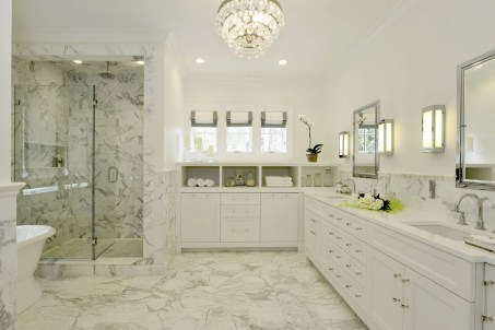 Pretty Master Bathroom Decoration Ideas For Valentines Day36