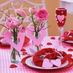 Stunning Table Decoration Ideas For Valentine'S Day21