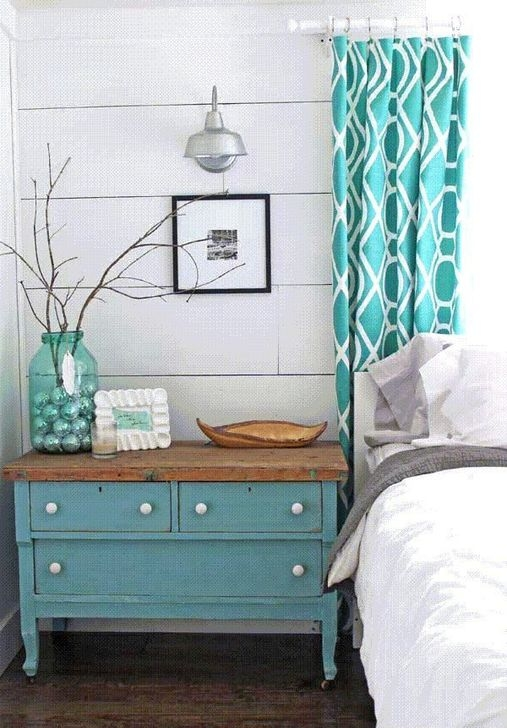 Affordable Lake House Bedroom Decorating Ideas34
