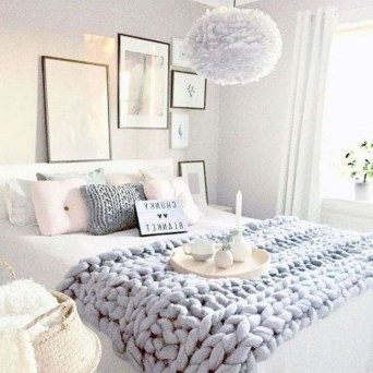 Awesome First Apartment Decorating Ideas On A Budget15