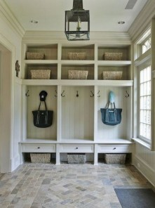 Awesome Rustic Mudroom Bench Decorating Ideas On A Budget02