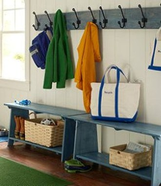 Awesome Rustic Mudroom Bench Decorating Ideas On A Budget16