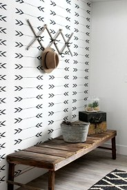 Awesome Rustic Mudroom Bench Decorating Ideas On A Budget28