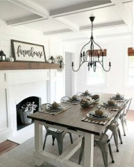 Captivating Farmhouse Dining Room Table Decorating Ideas26