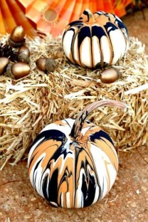 Popular Pumpkin Decor Ideas10