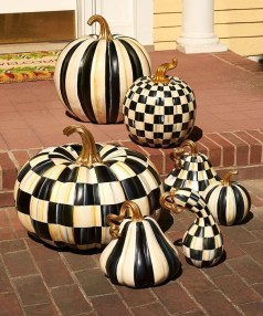 Popular Pumpkin Decor Ideas43