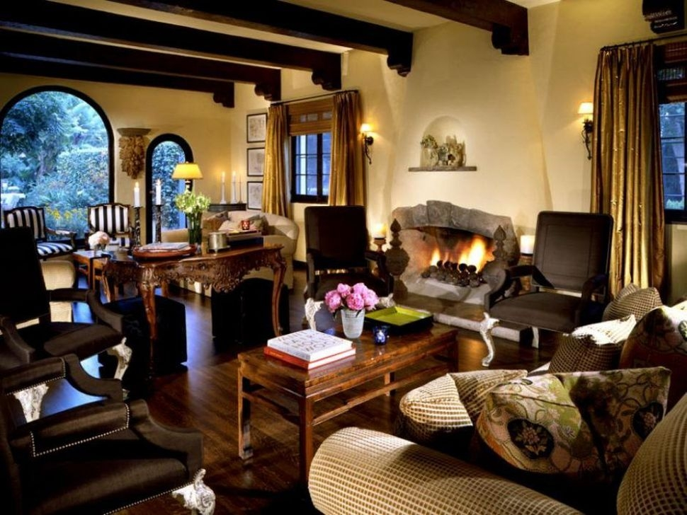 Amazing Living Rooms Design Ideas With Exposed Wooden Beams 19