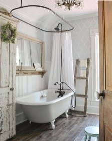 Cool Bathrooms Ideas With Clawfoot Tubs04