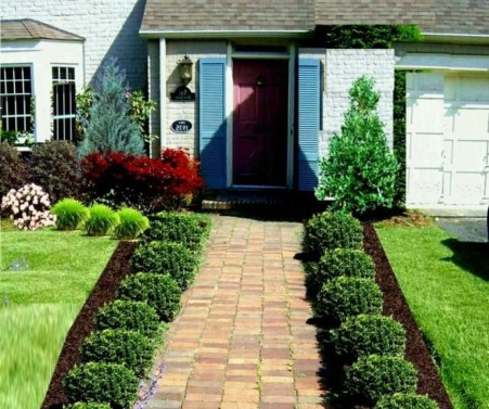 Enchanting Front Of House Landscaping Ideas11