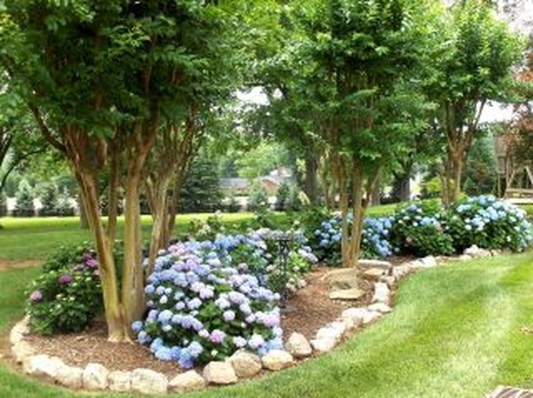 Enchanting Front Of House Landscaping Ideas24