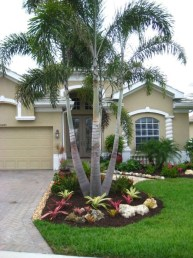 Enchanting Front Of House Landscaping Ideas35