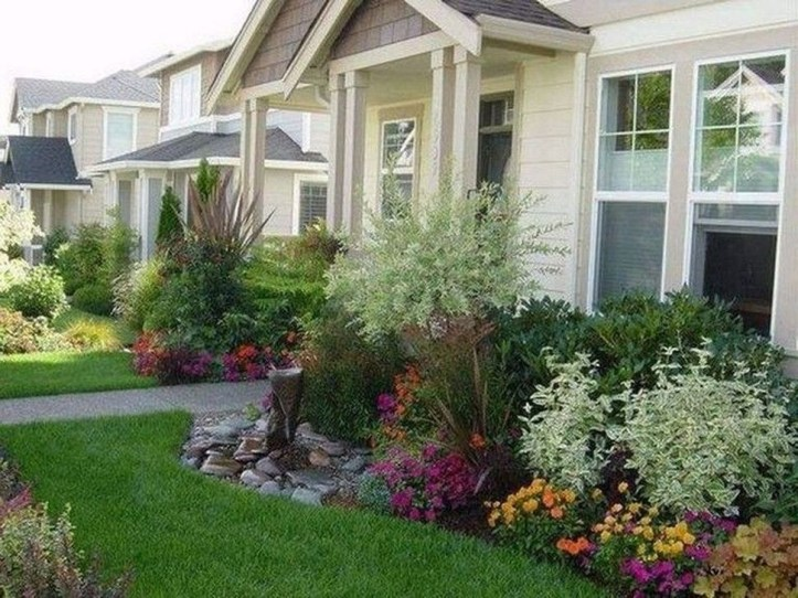 Enchanting Front Of House Landscaping Ideas39