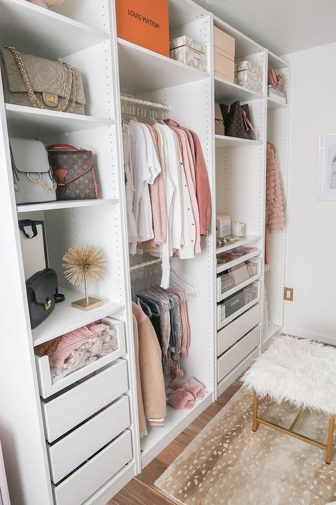 Impressive Walk In Closet Organization Ideas13