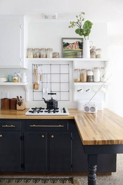 Magnficient Small Kitchens Ideas With Dark Cabinets41