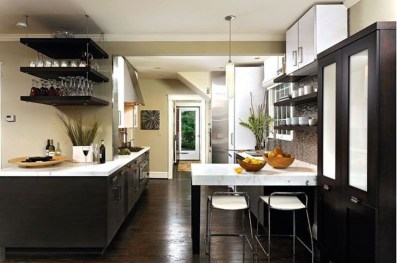 Magnficient Small Kitchens Ideas With Dark Cabinets44