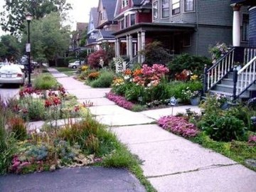 Relaxing Front Sidewalk Landscaping Ideas22