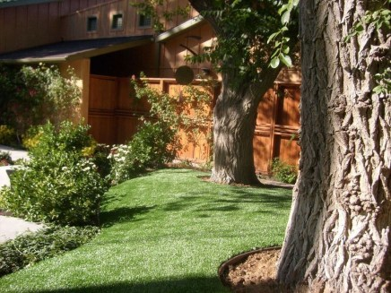 Wonderful Grass Landscaping Ideas For Home Yard05