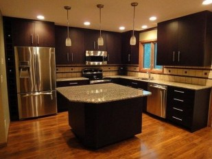 Amazing Kitchen Color Scheme Ideas For Dark Cabinets 16