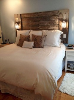 Awesome Bedroom Decor Ideas With Farmhouse Style 46