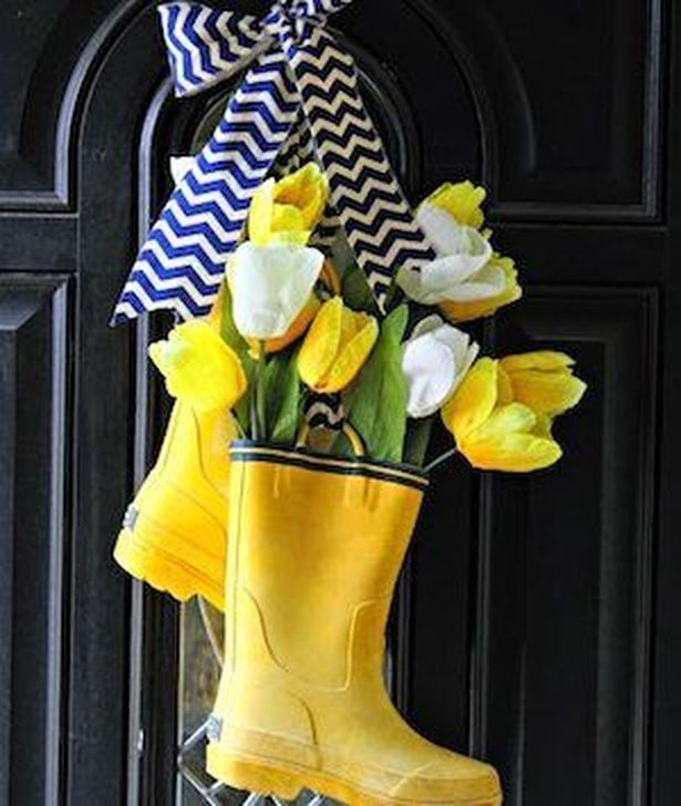 Charming Easter Ideas For Outdoor Decorations 09