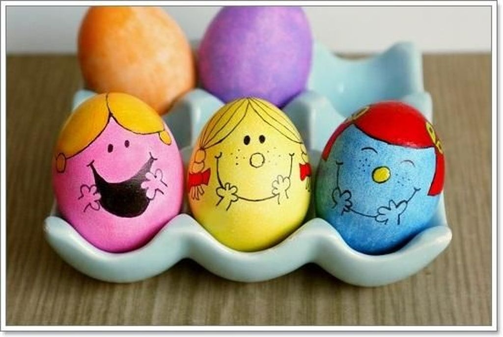 Charming Easter Ideas For Outdoor Decorations 23