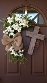 Charming Easter Ideas For Outdoor Decorations 35