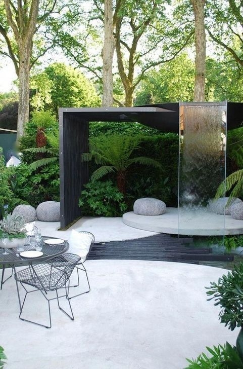 Enchanting Decor Ideas For Garden 45