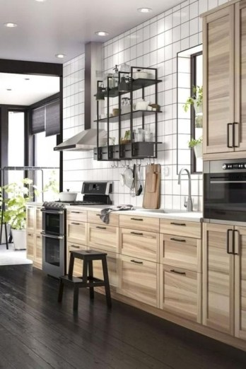 Lovely White Backsplash Design And Decor Ideas For Kitchen 10