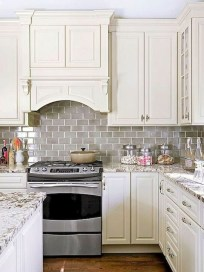 Lovely White Backsplash Design And Decor Ideas For Kitchen 23