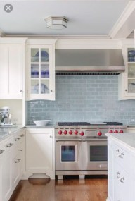 Lovely White Backsplash Design And Decor Ideas For Kitchen 39