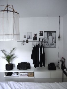 Relaxing Black And White Decor Ideas For Your Room 01
