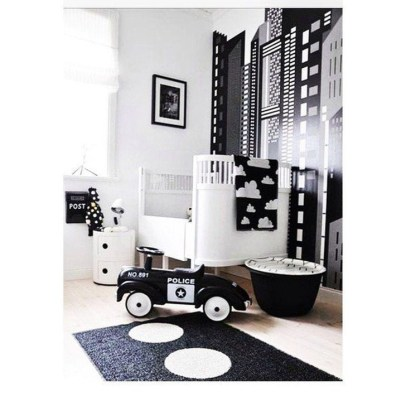 Relaxing Black And White Decor Ideas For Your Room 10