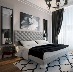 Relaxing Black And White Decor Ideas For Your Room 21