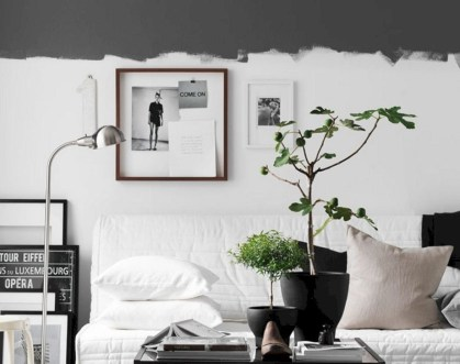 Relaxing Black And White Decor Ideas For Your Room 23