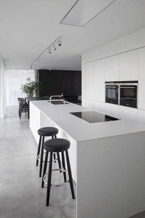 Stylish White Kitchen Design Ideas 37