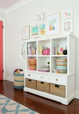 Enchanting Bedroom Storage Ideas 34