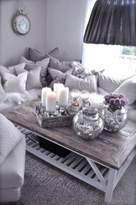 Popular Apartment Living Room Design Ideas For Valentines Day 23