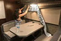 Splendid Rv Camper Remodel Ideas 31