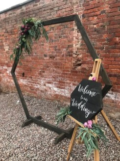 Affordable Diy Wedding Décor Ideas On A Budget 17