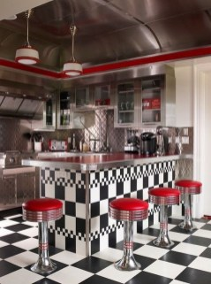 Affordable Retro Décor Ideas That Trending Now 02