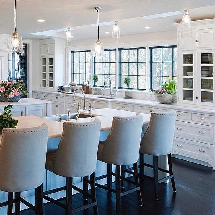Awesome White And Clear Kitchen Design Ideas 04