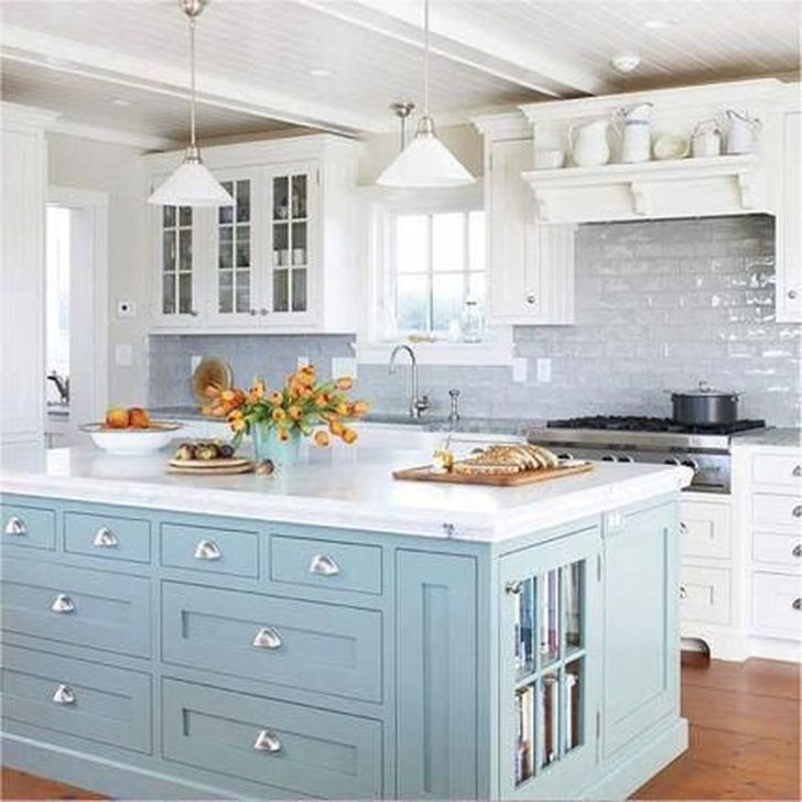 Awesome White And Clear Kitchen Design Ideas 44