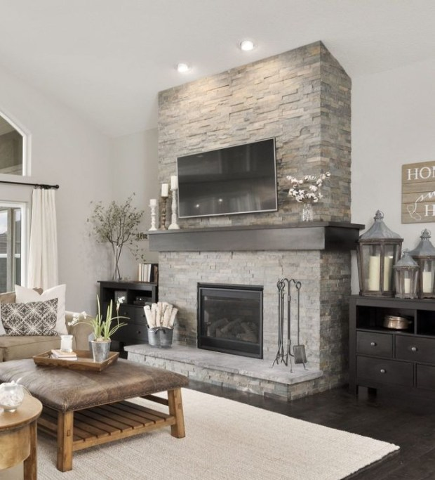 Comfy Living Room Decoration Ideas With Fireplace 44